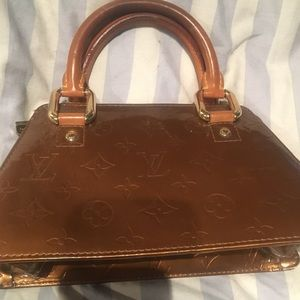 Louis Vuitton Bronze Forsyth Vernis Handbag